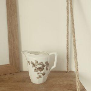 Pot à lait gris – Élixir somptueux